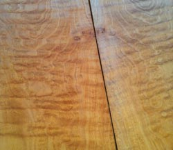 BigLeaf-Maple-wood-for-the-back-of-a-guitar-250