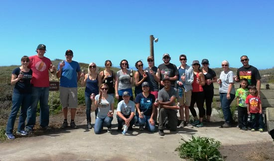 Half-Moon-Bay-State-Beach-Volunteer-Day-group